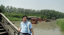 Zhu Qinglin: Docent i Ocean University i Kina